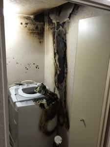 燃えた洗濯機