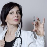 インフルエンザ予防接種で腫れる理由と副反応への対処