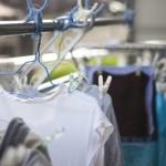 ノロウイルスが衣類に付着したら漂白剤や熱湯を使って消毒する