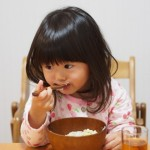 子供が風邪で咳が出るときの食事と食べ物でダメなのはある?