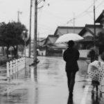 傘の上手なさし方と雨に濡れない歩き方を知れば雨の日も怖くない!